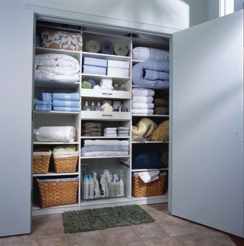 Easy Ways to Organize Your Linen Closet