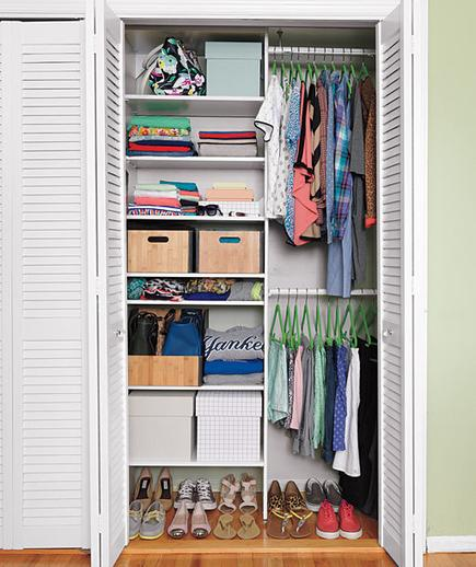 How To Maximize Your Tiny Closet Space